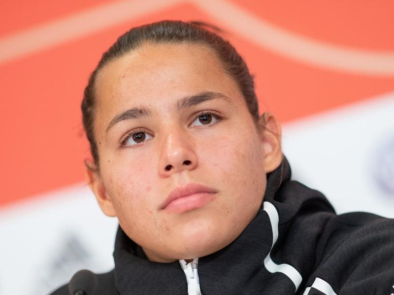 Nationalspielerin Lena Oberdorf steht vor einem Wechsel.