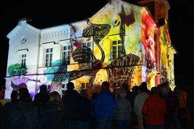 So hat man das Gellert-Museums Hainichen noch nie gesehen wie zur Performance mit Lichtbildern am Samstagabend.