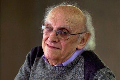 Zwölf Romane um den Mordermittler Kostas Charitos hat Petros Markaris bereits geschrieben.