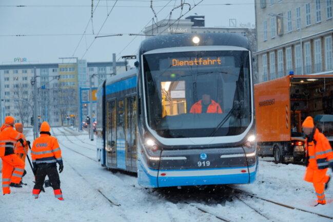 In Chemnitz ist eine Straßenbahn entgleist.