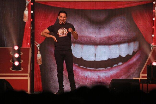 Comedian Bülent Ceylan hat in Zwickau seine neue Show Lassmalache präsentiert.