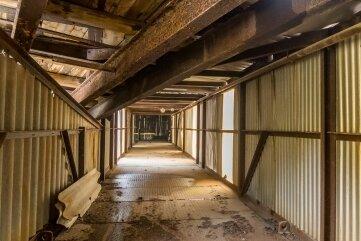 Ein Blick ins Innere der jüngerenFörderbrücke, die nun komplettzurückgebaut werden soll.
