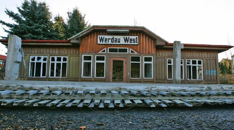 Der über 100 Jahre alte Bahnhof Werdau-West soll saniert werden.