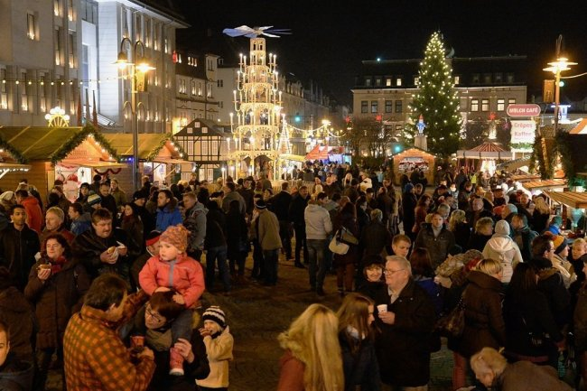 Den Auer Raachermannelmarkt soll es dieses Jahr wieder geben, allerdings nicht auf dem Altmarkt sondern am Carolateich.