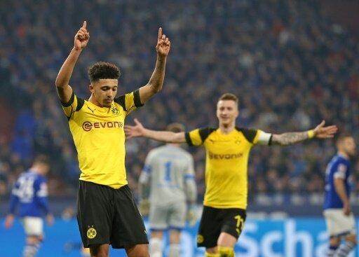 Youngster Sancho traf zum entscheidenden 2:1 auf Schalke