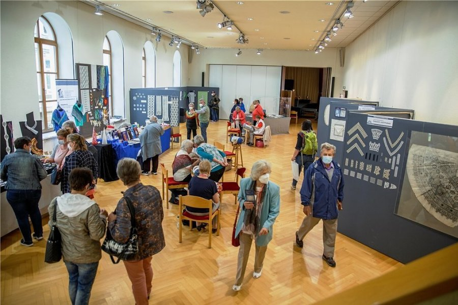 Die Klöppeltage im Kulturzentrum Annaberg ziehen viele Besucher an.