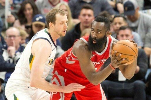 Neben James steht auch Harden (r.) im All-NBA-Team
