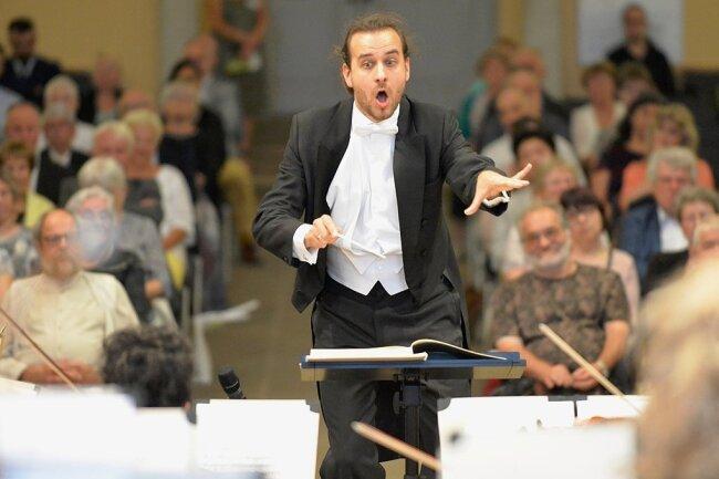 GMD-Kandidat Martin Spahr beim Konzert in Freiberg.