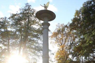 Die Hedrichsäule im Glauchauer Gründelpark ist in einem schlechten Zustand.