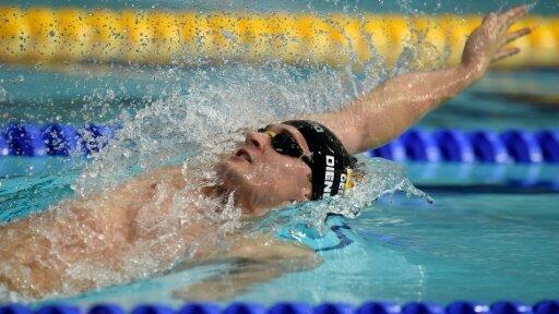 Startschwimmer Diener holt mit Staffel Bronze