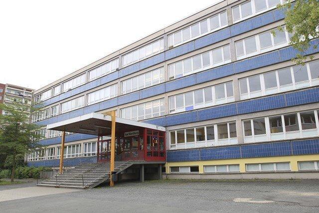 """Nachdem ein Siebenjähriger an der Grundschule """"Am Wartberg"""" in Plauen positiv auf das Coronavirus getestet worden war, mussten Mitschüler, Lehrerin und Kontaktpersonen der Familie des Jungen in Quarantäne."""