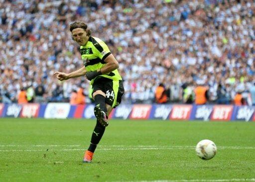 Michael Hefele wechselt von Huddersfield nach Nottingham