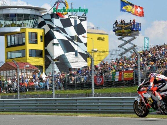 Bis vorerst 2021 bleibt die Motorrad-WM auf dem Sachsenring.