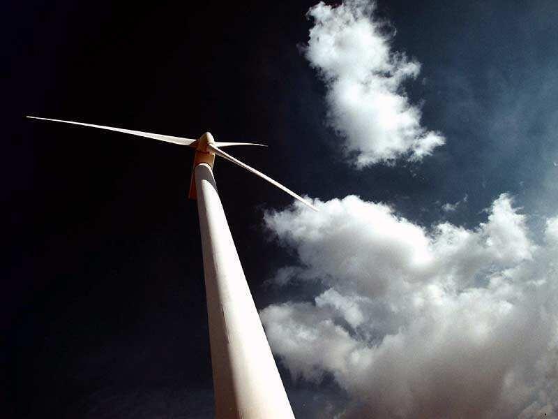 Ökostrom fließt beispielsweise aus Windkraftanlagen