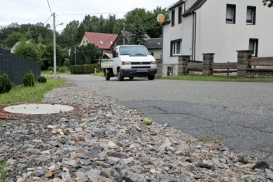 Der Gemeinde Callenberg fehlt Fördergeld für den geplanten Ausbau der Straße am Kiefenberg in Grumbach.
