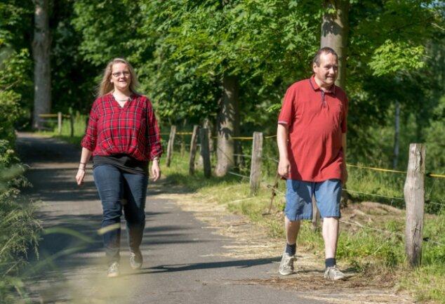 Antje Klotz ging im Rahmen der Hilfsangebote des Lebenshilfewerkes wöchentlich mit Frank Endtmann spazieren.