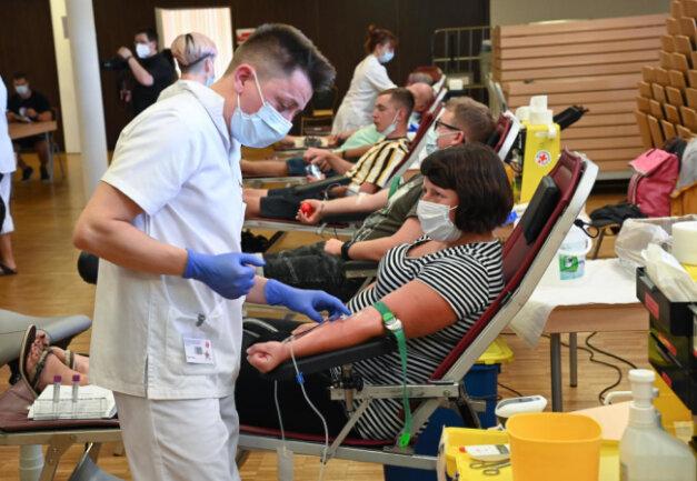 Nadine Hamann war eine von 110 Frauen und Männern die am Freitag Blut gespendet haben.