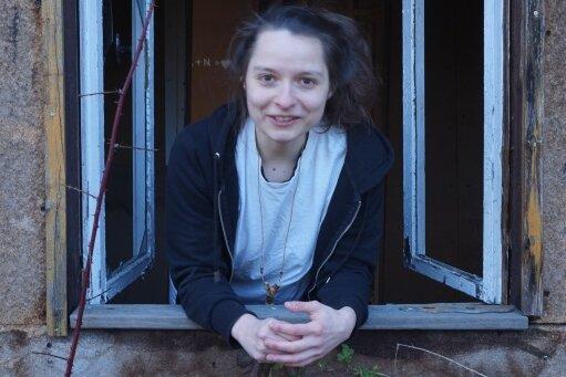 """""""Ich möchte dein Freund sein und trotzdem nicht allein sein"""": Die Musikerin Jenny Kretzschmar alias Jens Ausderwäsche."""