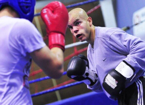Der Chemnitzer Boxer Ronny Beblik beim letzten Training vor den Deutschen Meisterschaften in Straubing.