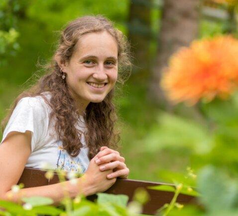 Salomé Günther genießt in ihrer Freizeit gern die Natur, wozu sie auch den heimischen Garten zählt.