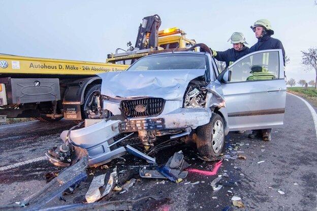 Vier Schwerverletzte bei Unfall nahe Mittelsaida