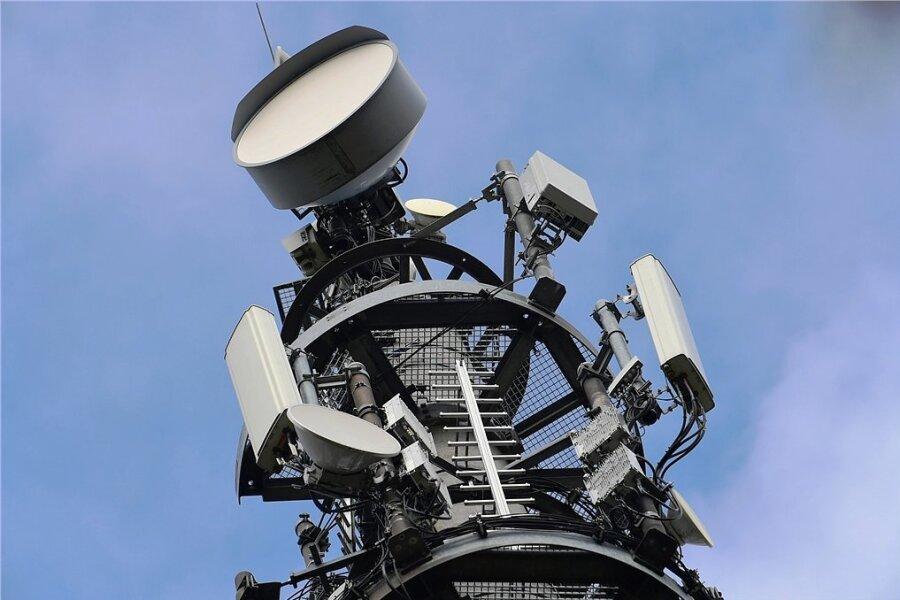 Ein Vodafone-Sendemast für den Mobilfunk-Standard 5G.