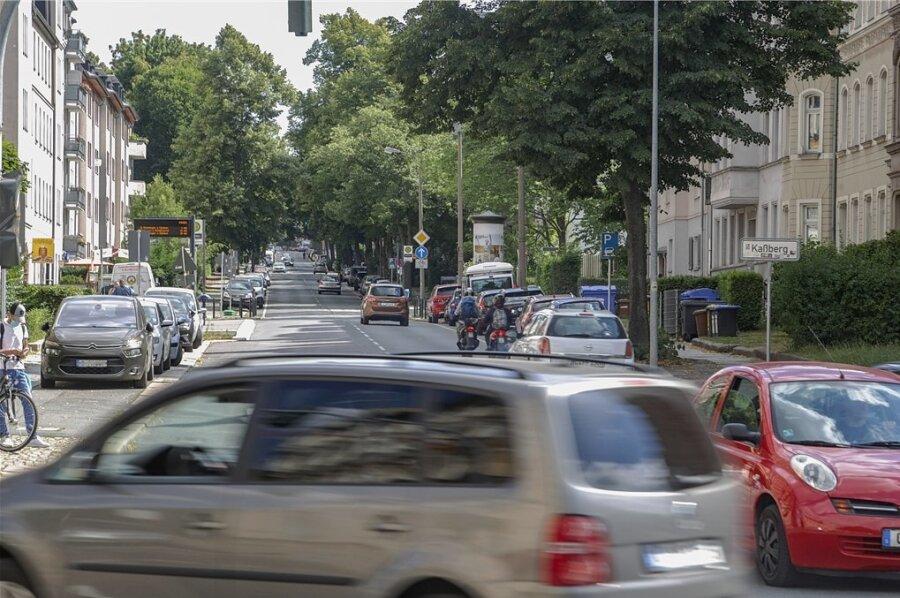 Über Monate war die Barbarossastraße im Abschnitt zwischen Weststraße und Limbacher Straße voll gesperrt.