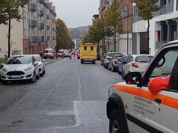 Evakuierung auf der Kanzlerstraße.
