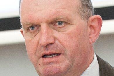 Peter Darmstadt (CDU), Leiter des Landesjugendamts Sachsen