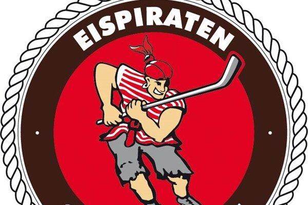 Eispiraten feiern Auswärtssieg im Sachsenderby