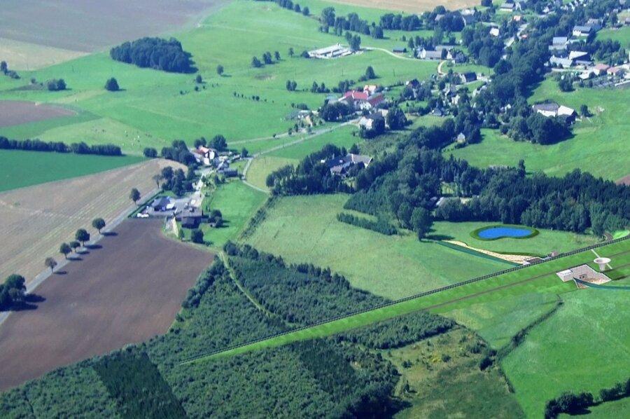 Oberbobritzsch aus der Luft fotografiert: Die Visualisierung zeigt, wie sich der Damm nach aktuellen Plänen der Landestalsperrenverwaltung künftig in die Landschaft einfügen soll. Die Gesamtprojektkosten belaufen sich auf 62 Millionen Euro.