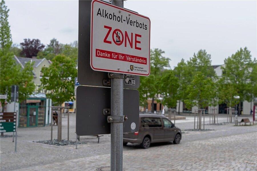 Die Alkoholverbotszone in Auerbach gibt es seit 2019. Sie gilt rund um den Neumarkt.