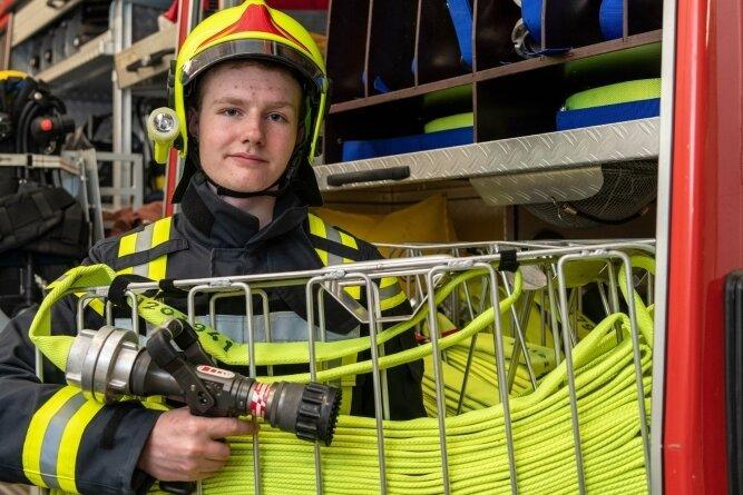 Hans Lubosch ist das jüngste Mitglied der Freiwilligen Feuerwehr Kriebethal. Mit 13 Jahren trat er der Jugendfeuerwehr Mittweida bei.