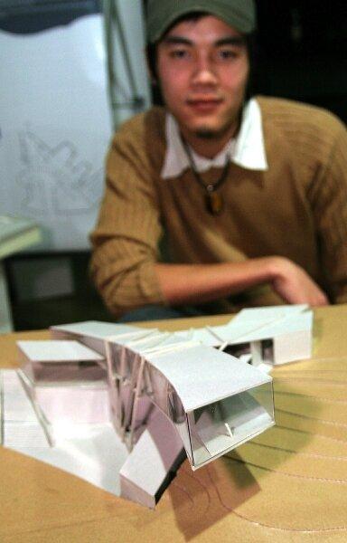 Dem Entwurf des Studenten Quoc Hoan Do aus Vietnam für ein Ausstellungshaus hat die Idee dreier einander überlagernder Wasserwellen als Grundlage.