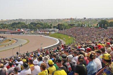 Hunderttausende Fans auf den Tribünen und packenden Motorsport auf der Strecke gab es von 2012 bis 2018 dank des Einsatzes der Sachsenring-Kommunen.