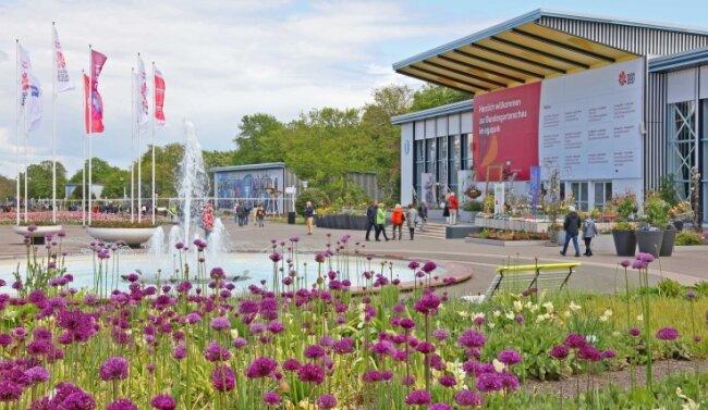 Auch Gruppenreisen zur Bundesgartenschau (Foto), die am Wochenende in Erfurt eröffnet worden ist, sind für die Bustouristikunternehmen aktuell nicht möglich, weil es noch kein grünes Licht für Busreisen gibt.