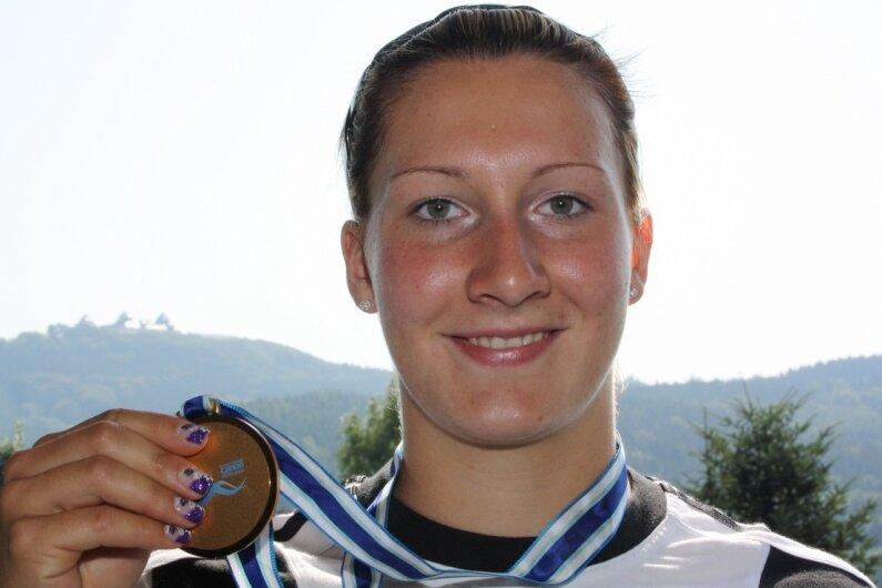 Anne Knorr aus Erdmannsdorf wurde bei der Kanu-WM in Szeged/Ungarn Weltmeisterin. In ihrer Heimat freuten sich Eltern, Freunde und viele alte Bekannte vom KSV 1928 Flöha, wo sie ihre Karriere begann.