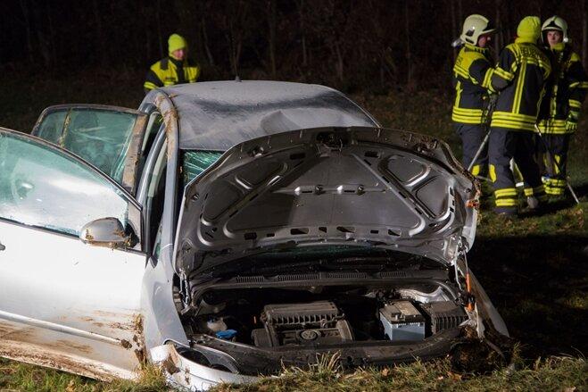 Vier Verletzte bei Unfall auf Flockenstraße