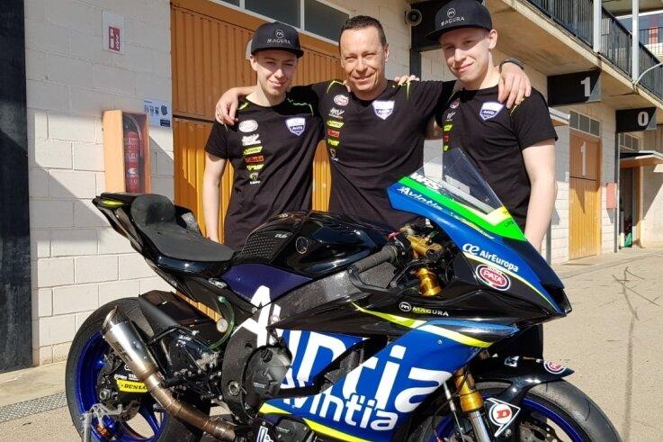 Kevin, René und Leon Orgis (v. l.) haben zum Auftakt in Estoril zwei Podestplätze bejubelt.