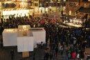 Rund 1000 Menschen versammelten sich am Abend zur Kundgebung auf dem Neumarkt.
