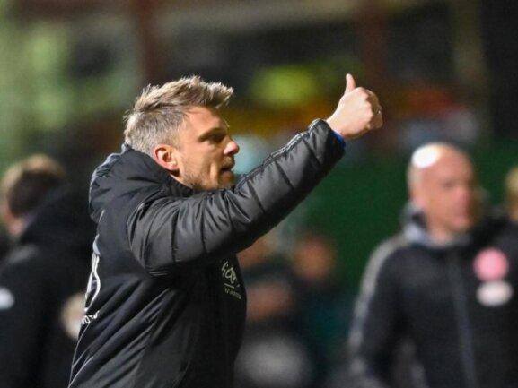 Trainer Lukas Kwasniok möchte mit dem 1. FC Saarbrücken ins DFB-Pokalfinale.