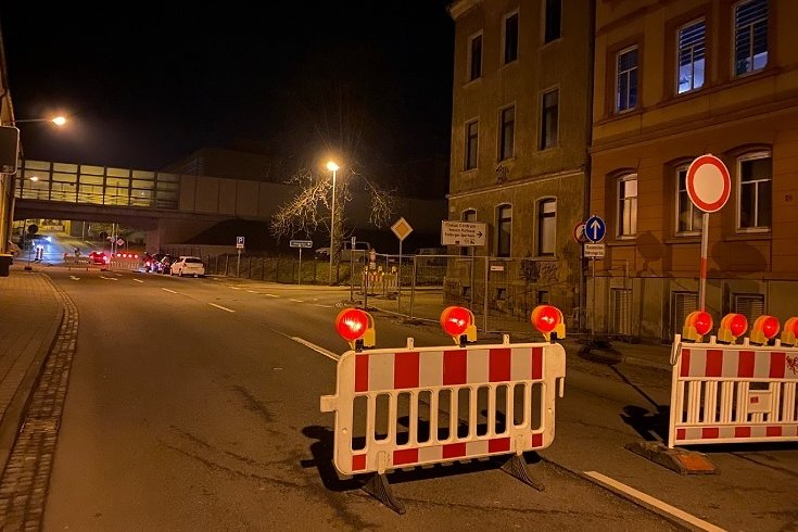 Blick auf die Brüderstraße. Sie ist seit Dienstagabend voll gesperrt.