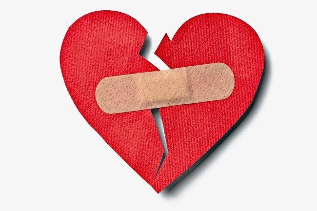Ein bisschen Mühe muss man sich bei der Reparatur eines gebrochenen Herzens schon geben.