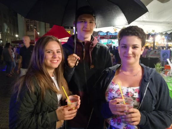 Lea, Erik und Laura trotzten dem einsetzenden Regen.