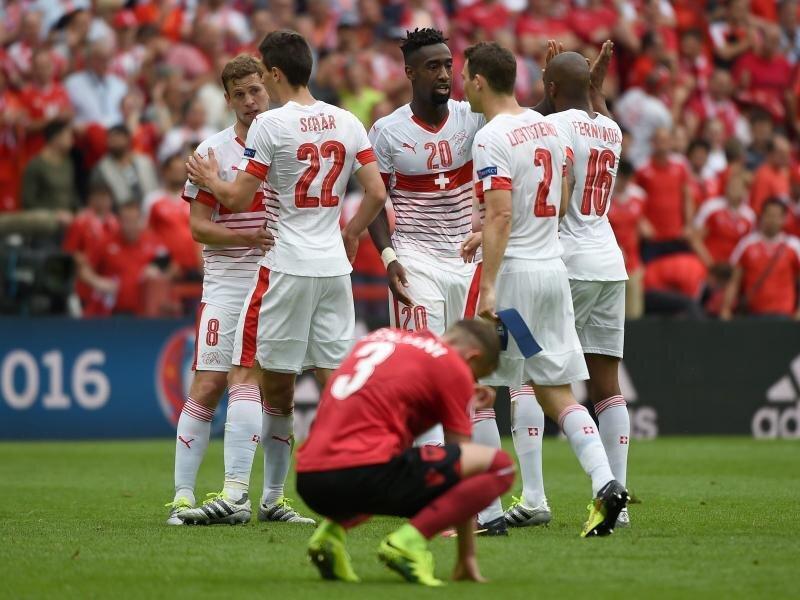 Mit etwas Glück gelang den Schweizern ein Auftaktsieg gegen Albanien.
