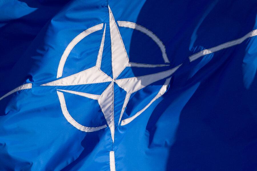 Nato-Mission: US-Militärkonvoi hält in Frankenberg