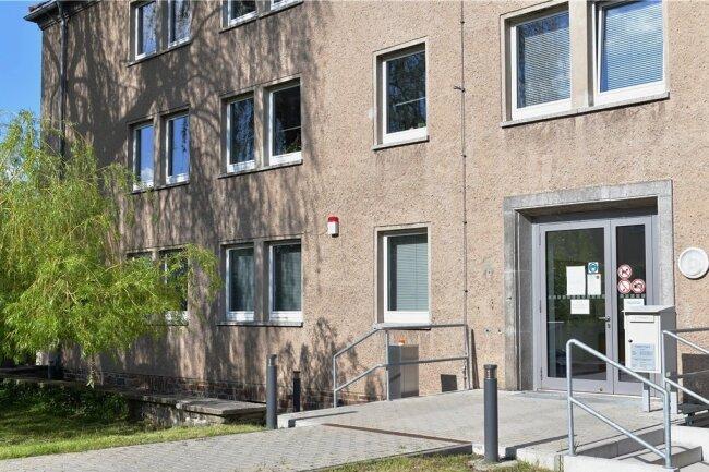 Das Amtsgericht Freiberg findet sich an der Heinrich-Heine-Straße 15, seit das Gerichtsgebäude an der Beethovenstraße saniert wird. Die umfangreiche Sanierung zieht sich noch gut ein Jahr hin.