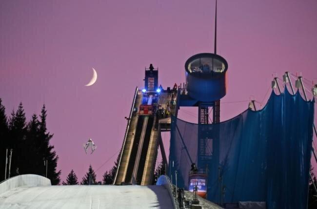 Die Vogtland-Arena beim Weltcupspringen.