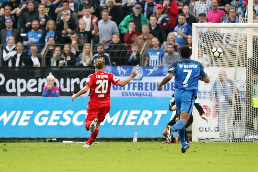 Der Treffer zum 3:0 für Meppen durch Benjamin Girth.