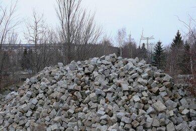 Granitkleinpflaster im Wert von 20.000 Euro ist vom Schneeberger Bauhof entwendet worden.